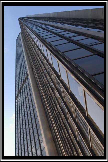 http://giche.free.fr/perso/hfr/Montparnasse1.jpg