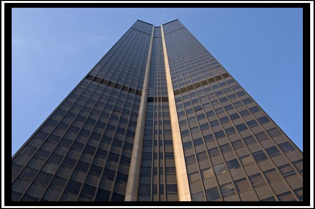 http://giche.free.fr/perso/hfr/Montparnasse2.jpg